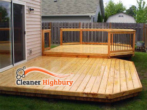 wooden-deck-cleaning-highbury